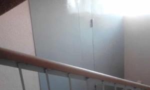 Как узаконить кладовку на лестничной площадке